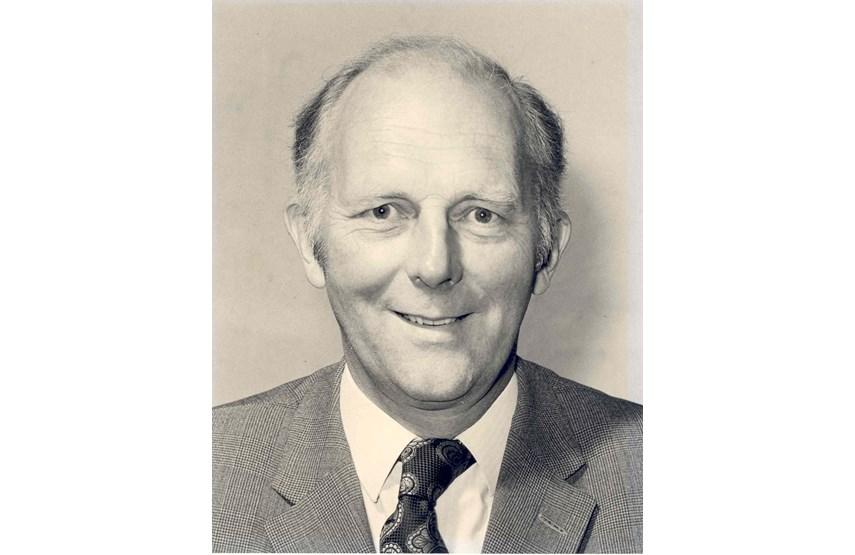 Wonderlijk Boots Hidden Heroes – Honouring Dr Stewart Adams RA-34